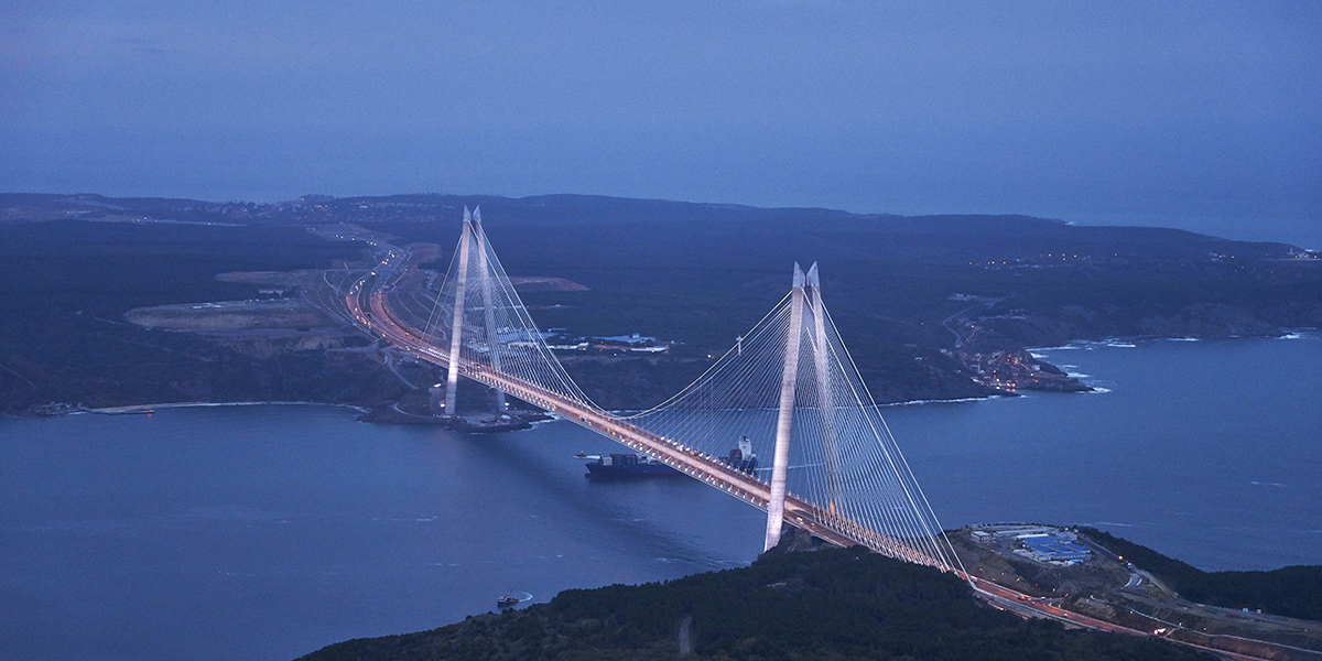 A hybrid dream: the Yavuz Sultan Selim Bridge on the Bosphorus
